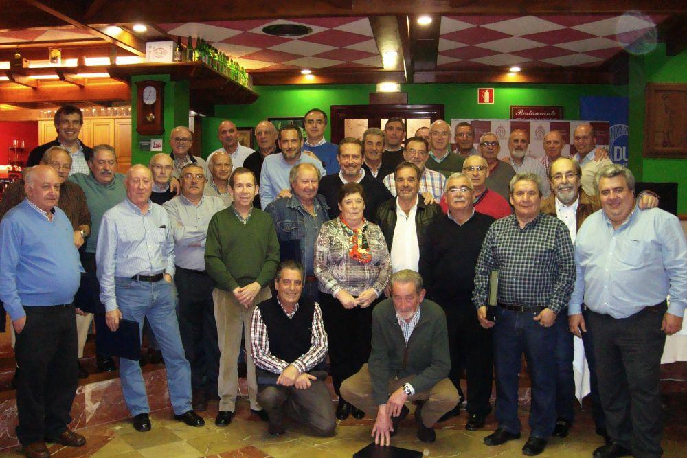 Reunión y homenaje de antiguos trabajadores de ISASTUR