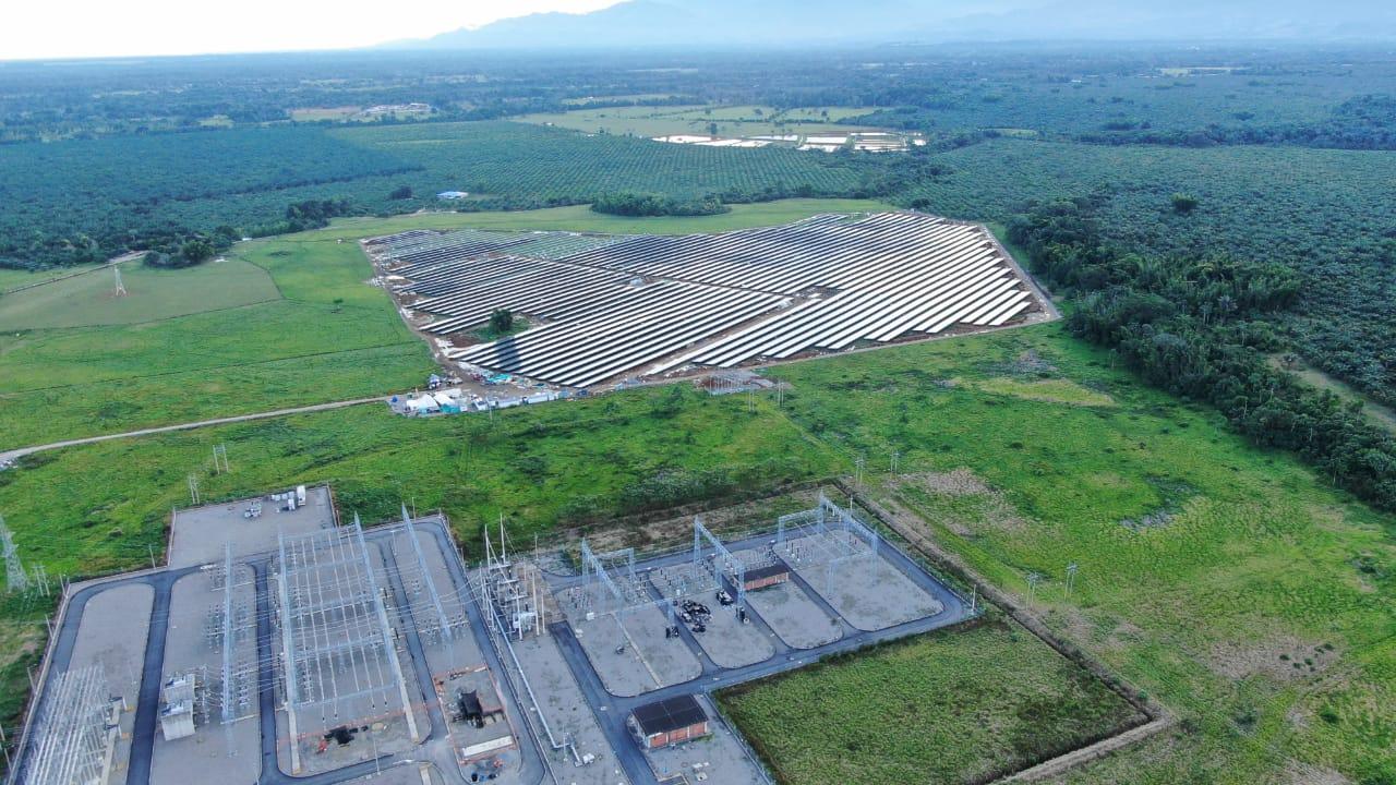 ISOTRON, empresa filial del grupo ISASTUR, inaugura el mayor parque fotovoltaico de autoconsumo de Colombia.