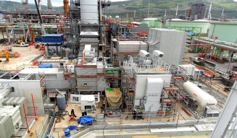 Electrical and mechanical assembly of the gas turbine and auxiliary systems at the Petronor refinery