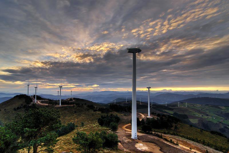 Mantenimiento de los parques eólicos de Curiscao y Pumar
