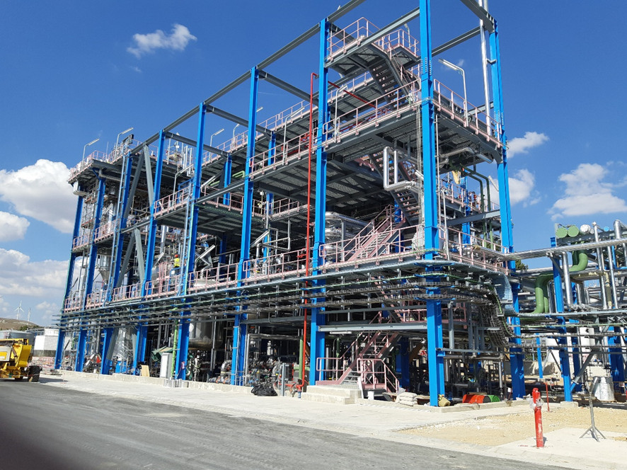 Revamping y nuevas instalaciones de proceso para planta química de Adisseo.
